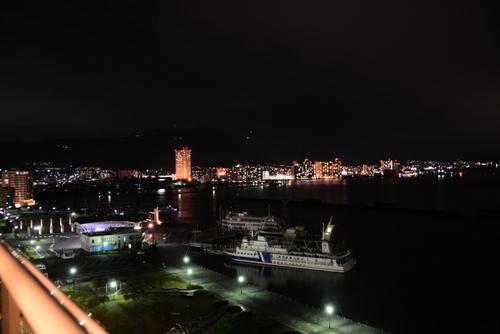 1-14.01.26 琵琶湖ホテル部屋から夜景-2.jpg