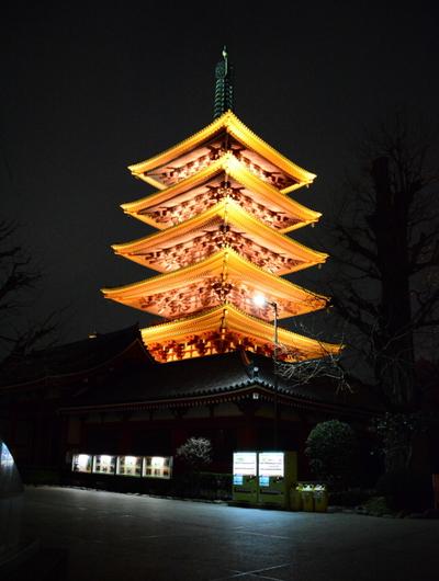 1-14.03.22 夜の浅草寺五重塔.jpg