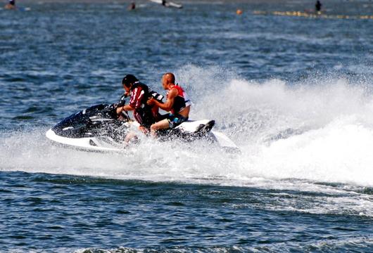 1-14.08.25 水上バイク-5.jpg