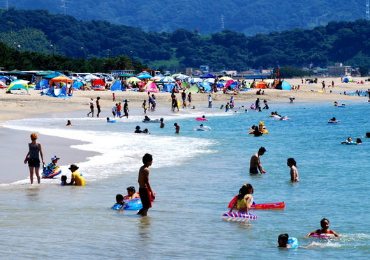 1-15.08.24 片男波海水浴場-3.jpg