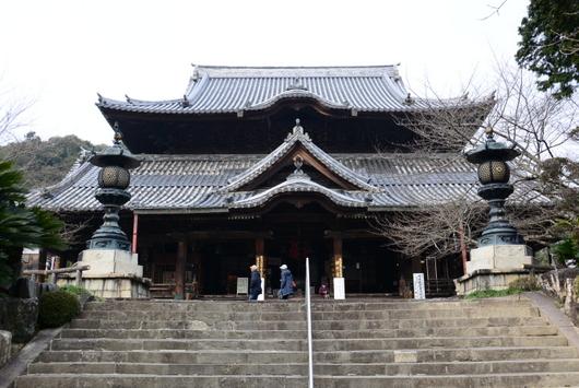 1-16.03.13 3番粉河寺本堂.jpg