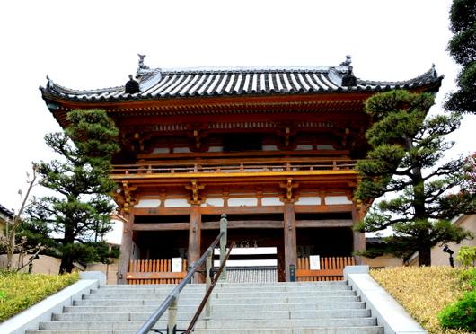 1-16.05.21 22番 総持寺山門.jpg