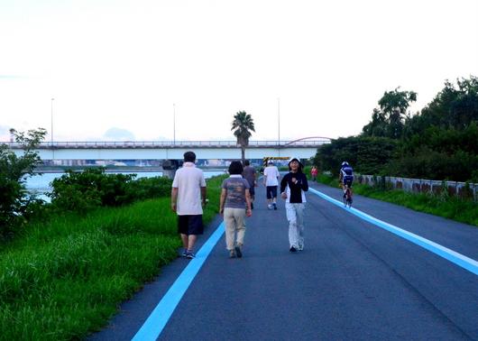 1-16.08.27 早朝散歩-5.jpg
