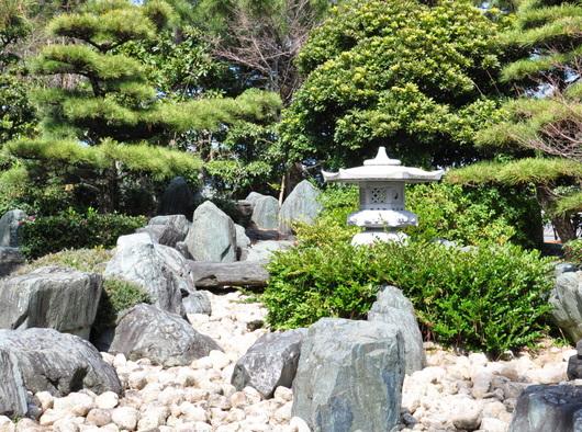 1-17.03.26 日本庭園.jpg