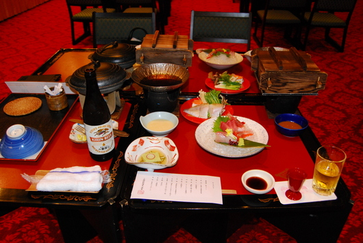 1-17.06.05 三朝荘夕食.jpg