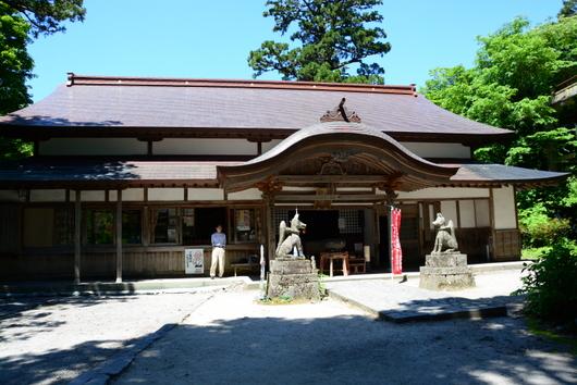 1-17.06.05 大山寺観音堂.jpg