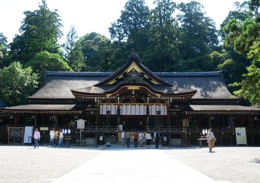 1-18.06.06 大神神社.jpg