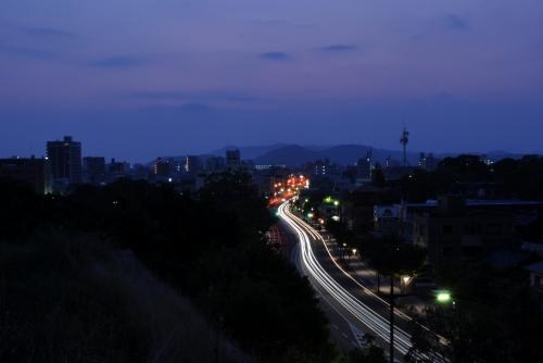 s-10.08.26 夜明け前.和歌山城公園から.jpg