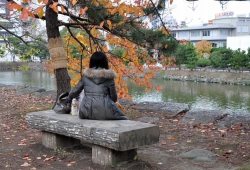 s-10.11.28 和歌山城公園.待ち合わせ?.jpg