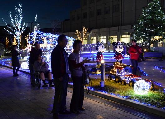 1-14.12.27 日赤イルミネーション-5.jpg