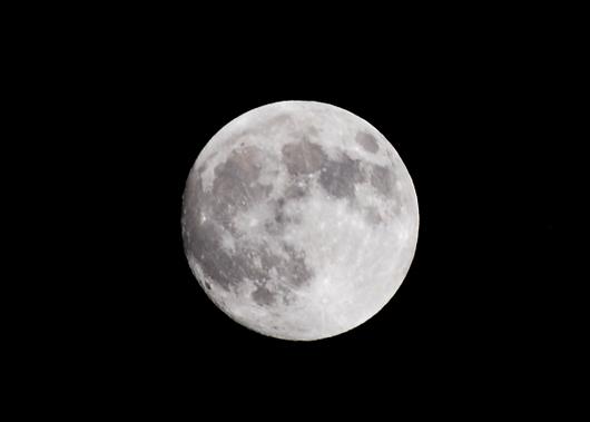 1-15.09.28 19時34分 中秋の名月.jpg