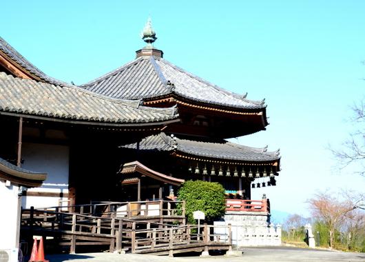 1-16.03.24 6番 壺阪寺本堂.jpg