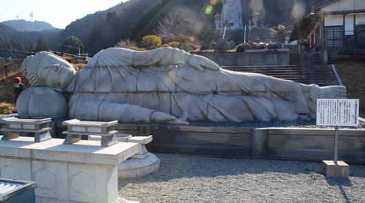 1-16.03.24 6番 壺阪寺釈迦如来大涅槃石像.jpg