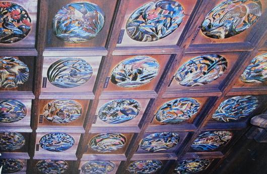 1-16.05.16 19番 行願寺(革堂)天井の花鳥透かし彫り.jpg