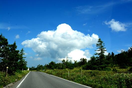 1-16.07.21 草津温泉に向かって走る.jpg