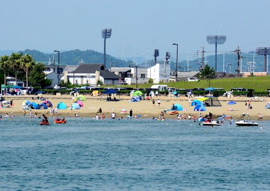 1-17.07.20 休日の海-1.jpg
