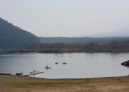 1-18.04.07 本栖湖.jpg