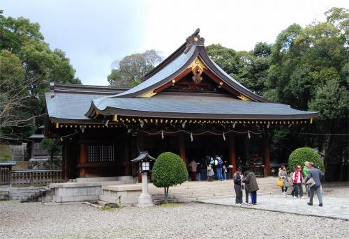 s-09.01.03 初詣 竃山神社.jpg