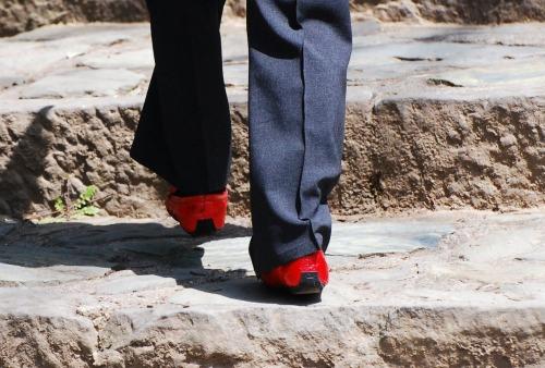 s-10.03.25 赤い靴1.jpg